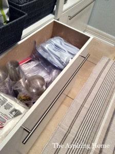 open view of under shelf storage bins