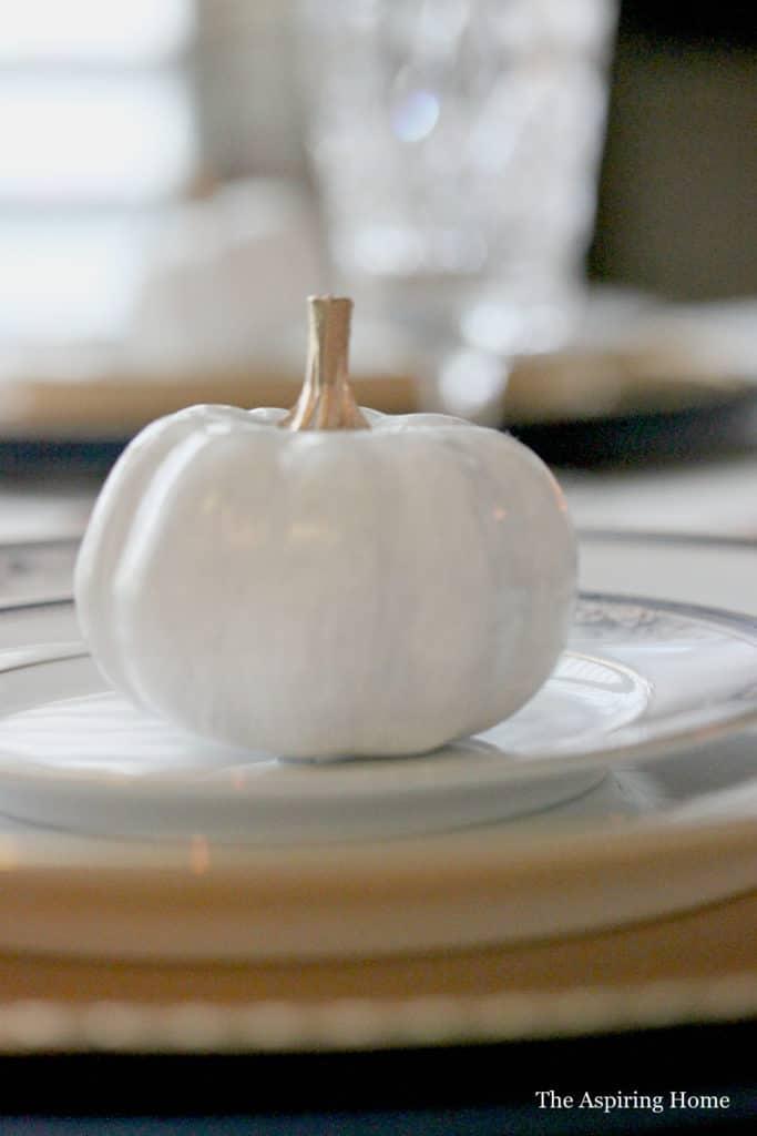 Small pumpkin place card