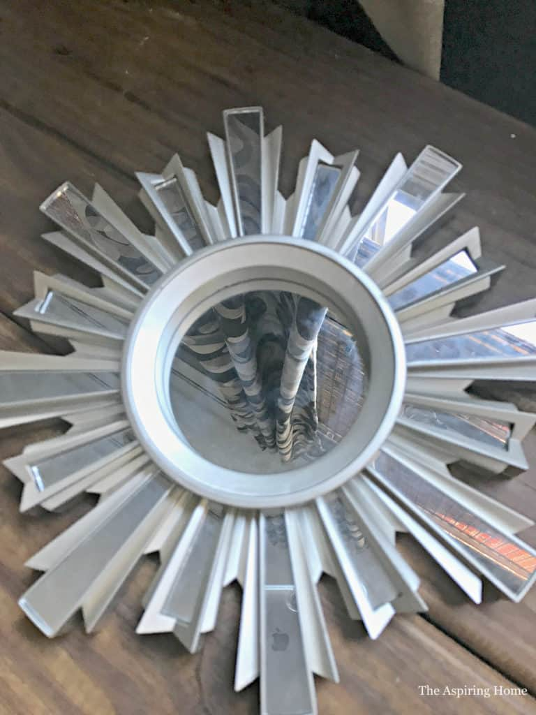 Transform wall mirror into ceiling medallion The Aspiring Home