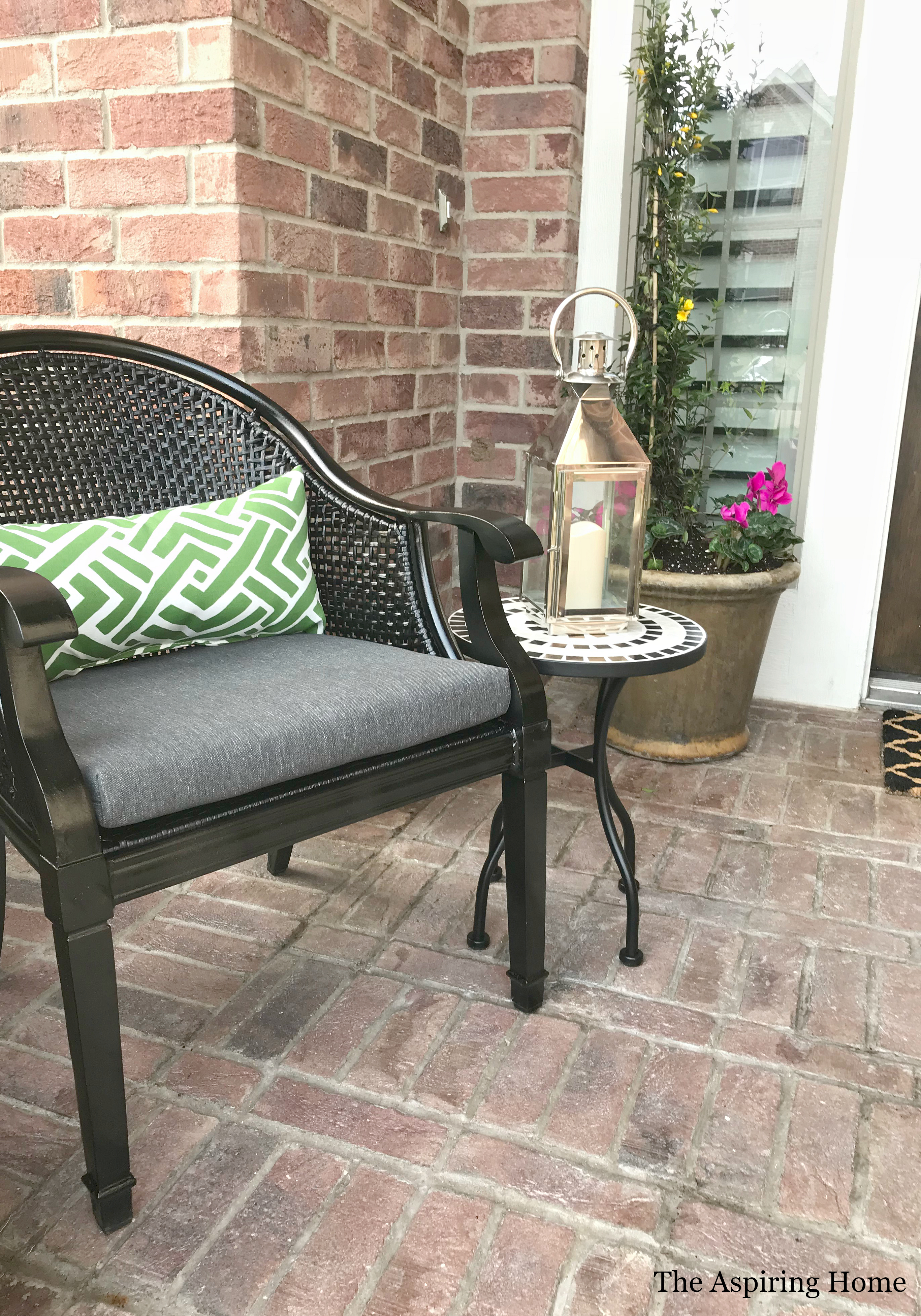 Beautiful Spring Porch in 5 Simple Steps