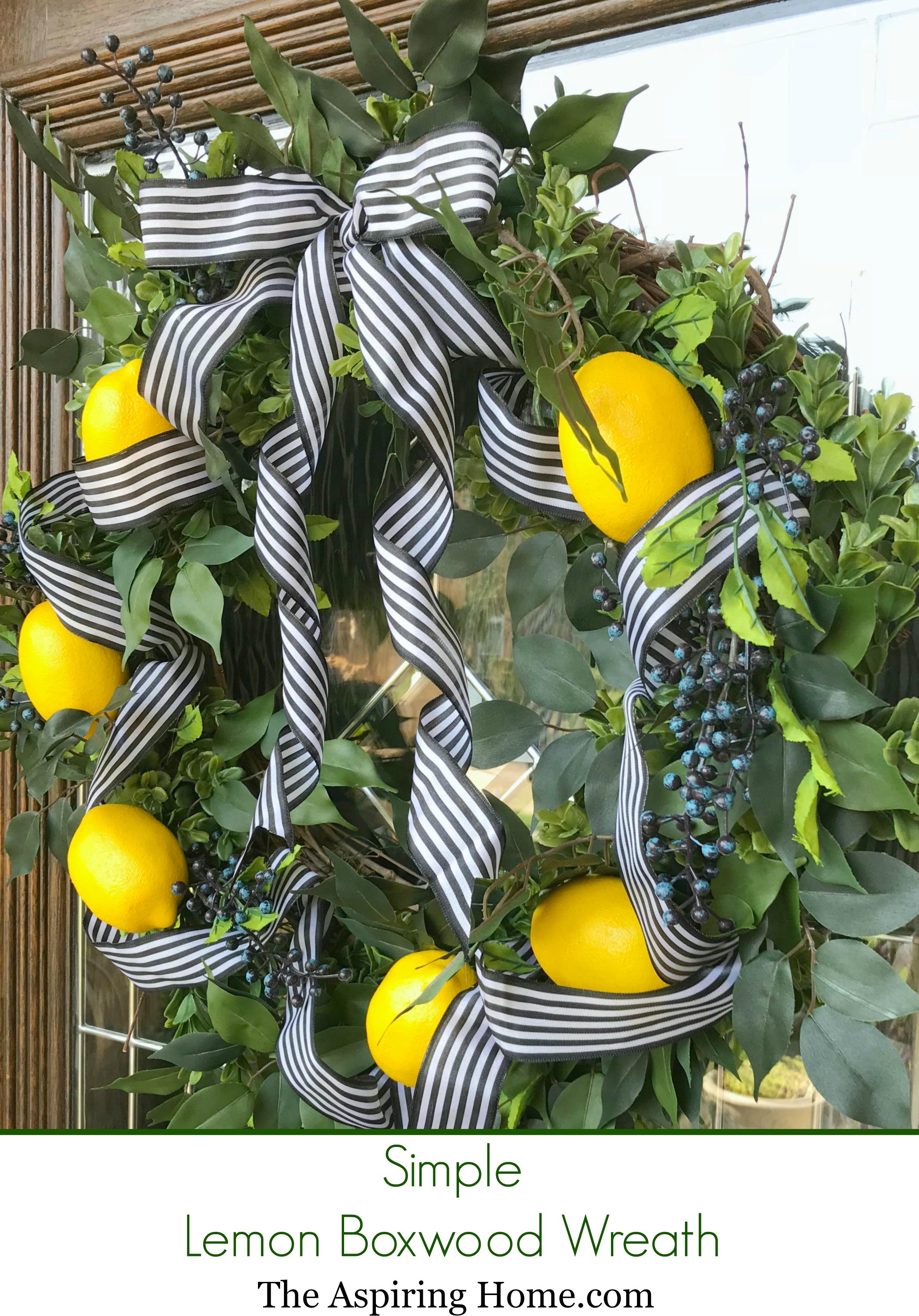 Simple Lemon Boxwood Wreath