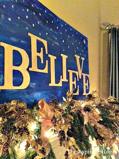 paint a sign ten simple Christmas decor ideas